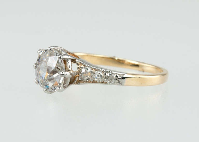 Splendid Victorian 1.25 Carat Engagement Ring For Sale 2
