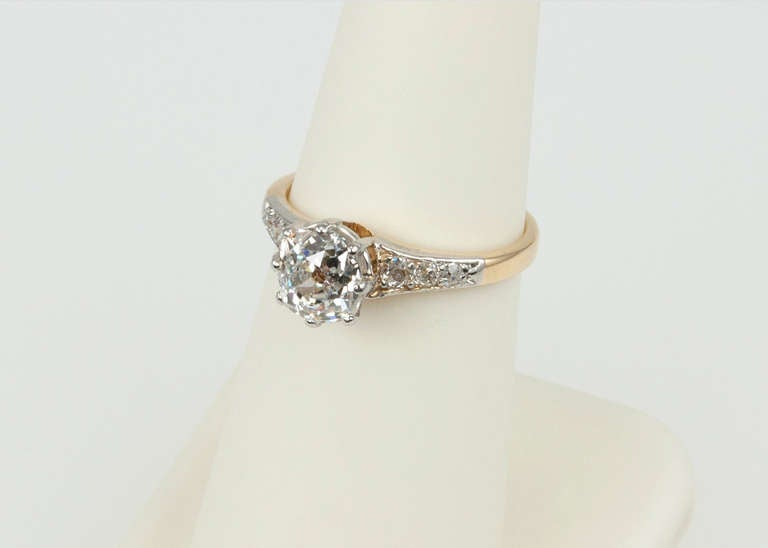Splendid Victorian 1.25 Carat Engagement Ring For Sale 5