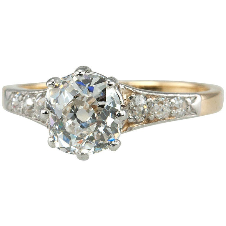 Splendid Victorian 1.25 Carat Engagement Ring For Sale
