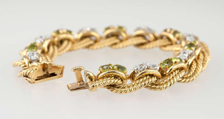 Peridot and Diamond Gold Link Bracelet 8