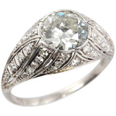 Art Deco 1.29 Carat Diamond Platinum Engagement Ring