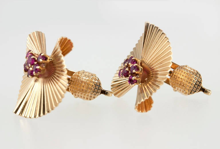 Tiffany & Co. Ruby Gold Fluted Clip Earrings For Sale 2