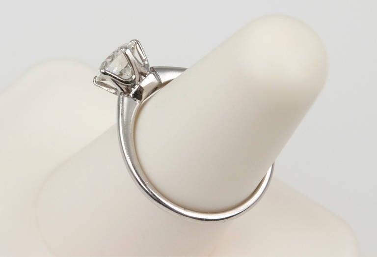 1.01 Carat Diamond Platinum Solitaire Ring 1930s For Sale 2