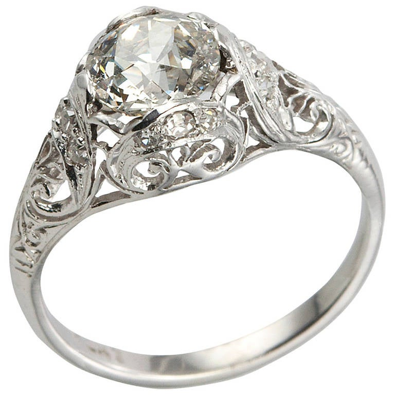 Edwardian Engagement Rings For Sale: Edwardian 1.31 Carat Diamond Engagement Ring For Sale At