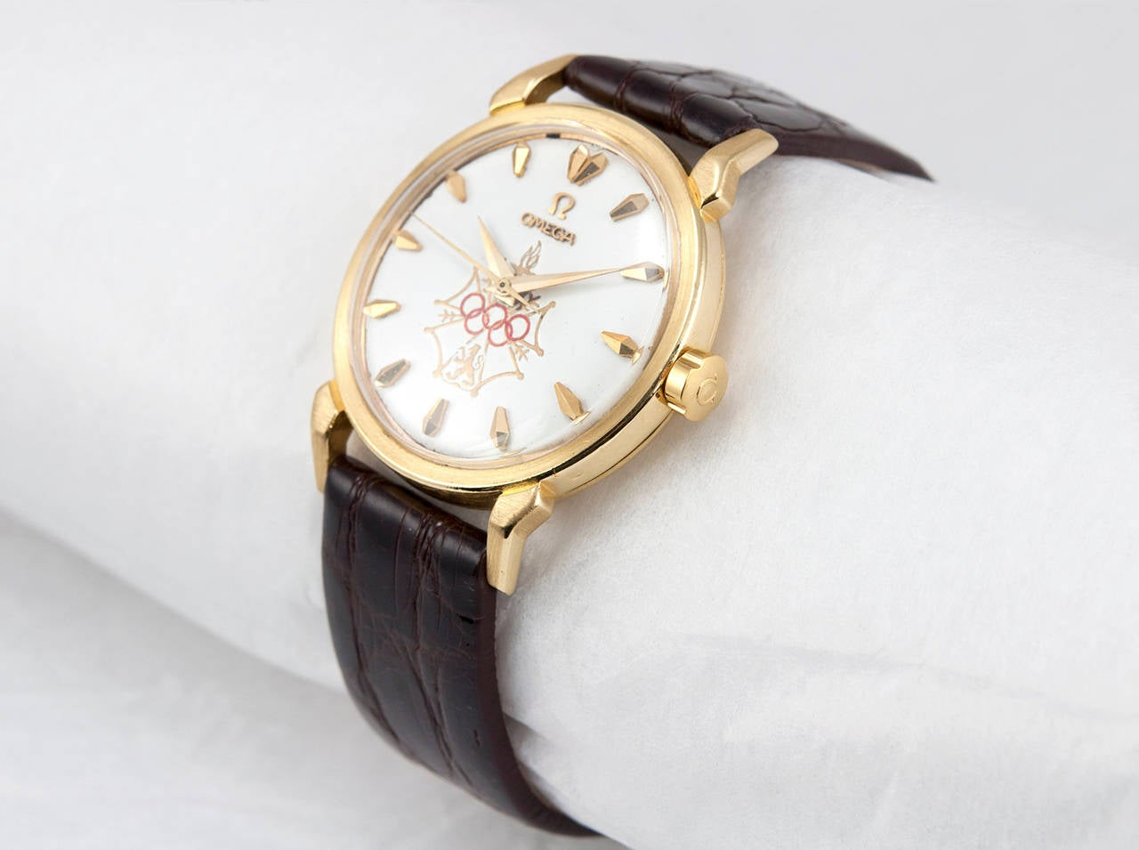 Omega Yellow Gold Seamaster XVI Wristwatch circa 1956 2