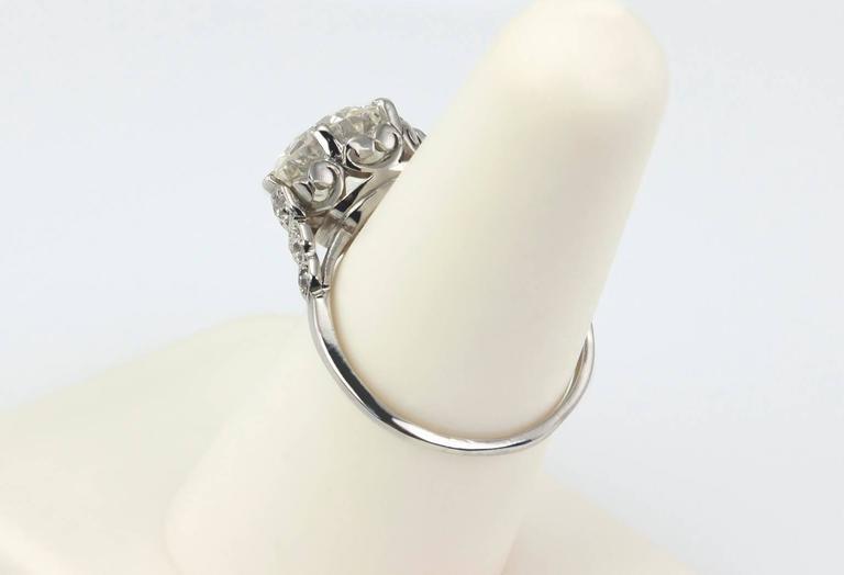 Edwardian 3.36 Carat old European Cut Diamond platinum Ring For Sale 3