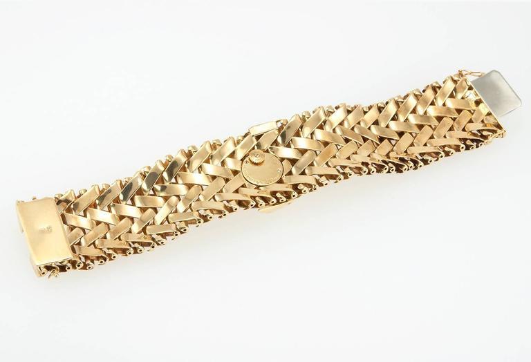 Vacheron & Constantin lady's yellow Gold Diamond Bracelet wristwatch For Sale 3