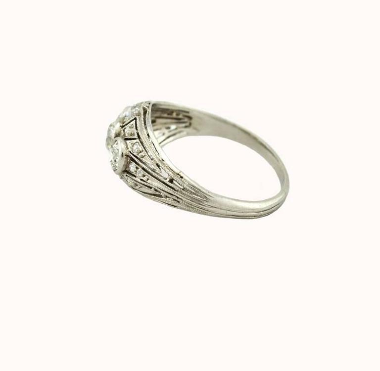 Art Deco Three-Stone Diamond Platinum Ring 4
