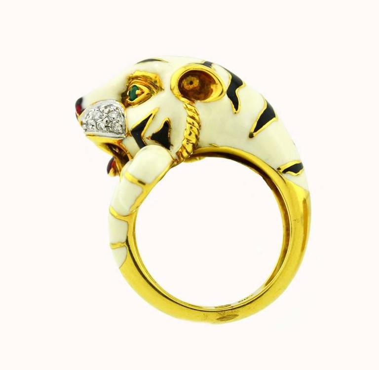 Emerald Diamond Enamel Gold Tiger Ring For Sale at 1stdibs