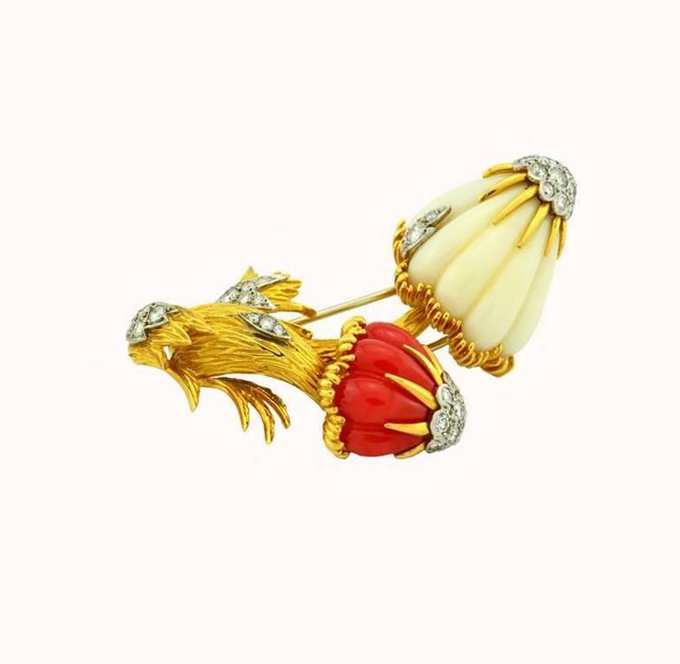 Women's or Men's Van Cleef & Arpels Coral Diamond Gold Mushroom Brooch  For Sale