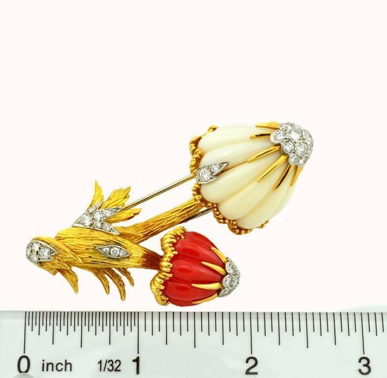 Van Cleef & Arpels Coral Diamond Gold Mushroom Brooch  For Sale 1