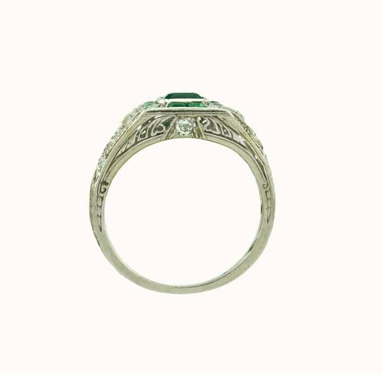 Art Deco Emerald Diamond Platinum Ring In Excellent Condition For Sale In Los Angeles, CA
