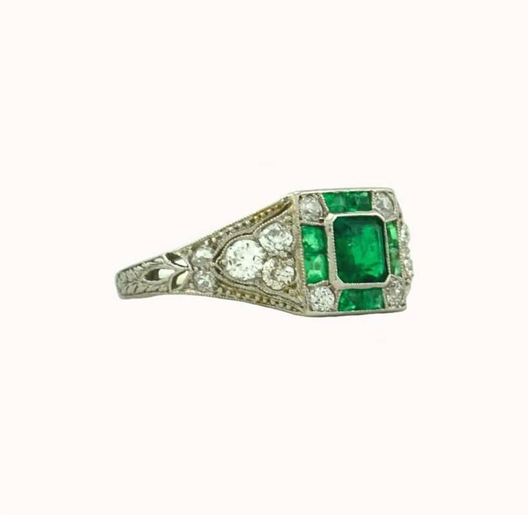 Art Deco Emerald Diamond Platinum Ring For Sale 1