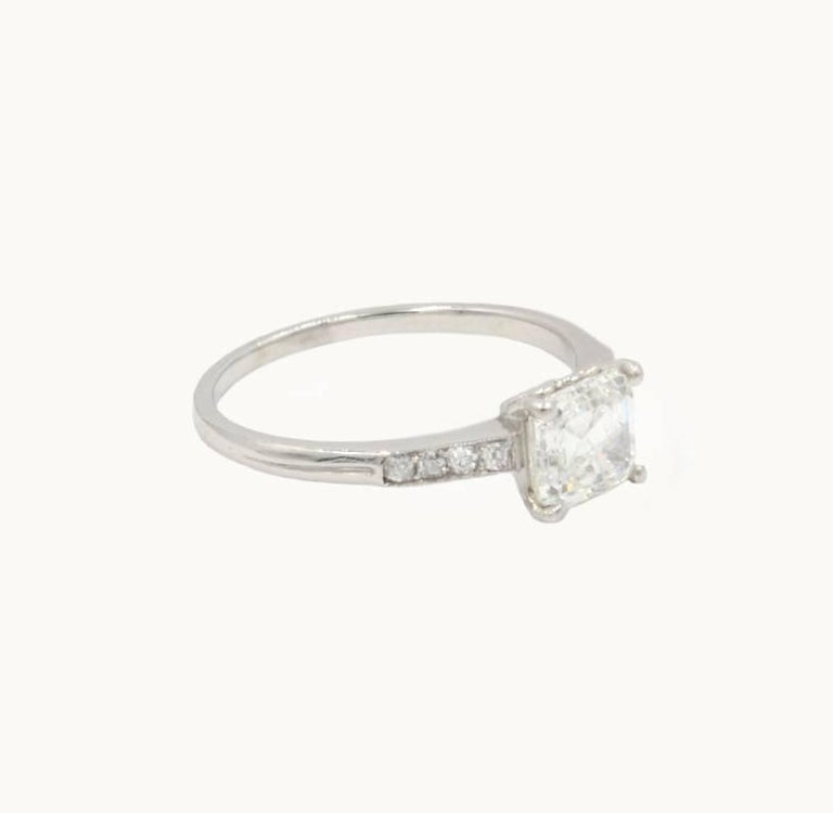Art Deco GIA Certified 1.21 Carat Emerald Cut Diamond Platinum Engagement Ring For Sale 1
