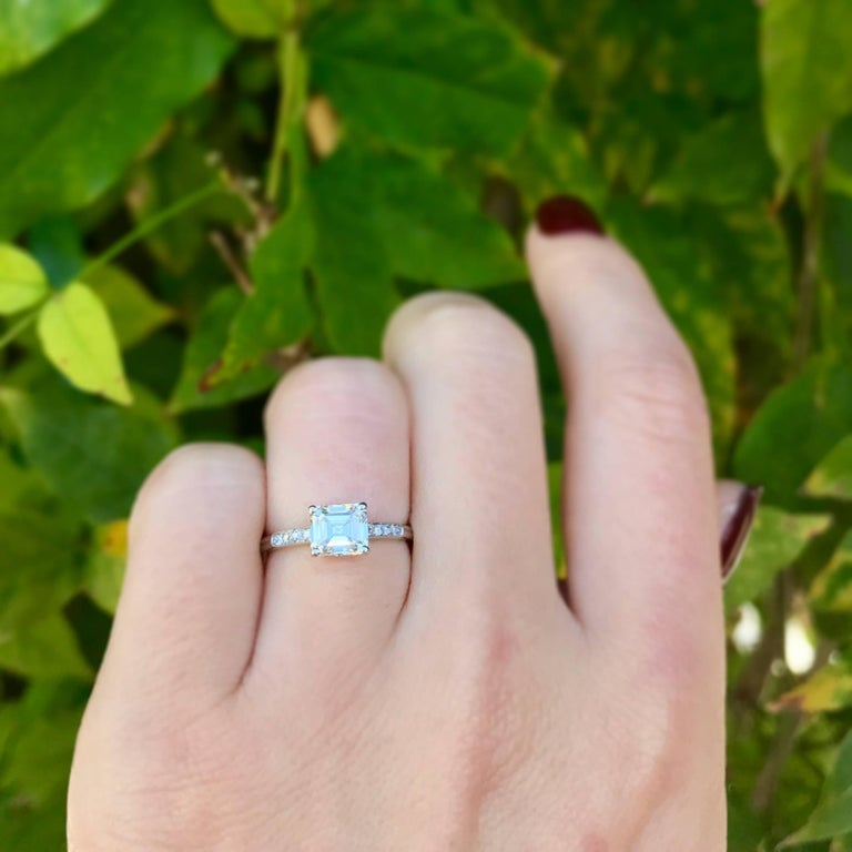 Art Deco GIA Certified 1.21 Carat Emerald Cut Diamond Platinum Engagement Ring In Excellent Condition For Sale In Los Angeles, CA