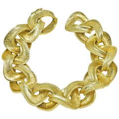Tiffany & Co. Gorgeous Bold Gold Link Bracelet