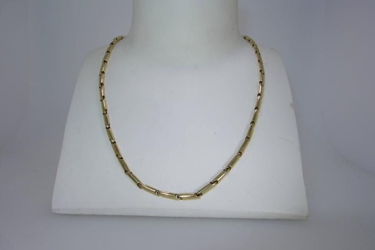 Contemporary Gold Necklace Chain For Sale