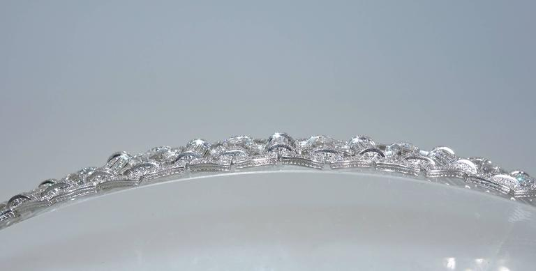 Women's Art Deco Diamond Platinum Bracelet, circa 1935 For Sale