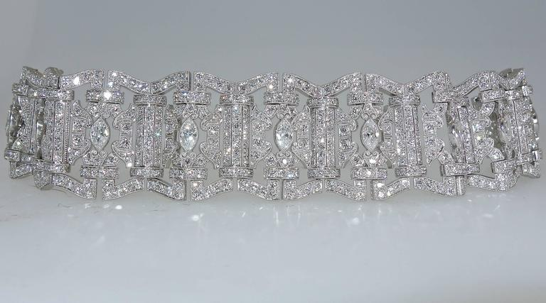 Art Deco Diamond Platinum Bracelet, circa 1935 For Sale 1