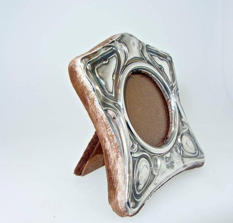 English Art Nouveau Sterling Silver Frame, circa 1905 For Sale 2