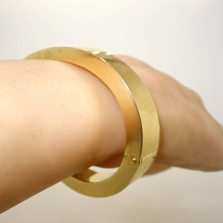 Antique Gold Horse-Shoe Motif Bracelet. In Excellent Condition For Sale In Aspen, CO