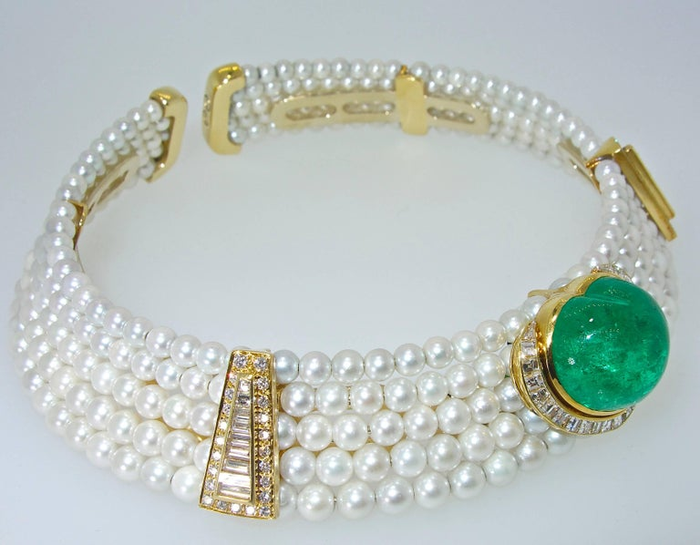 Women's or Men's Important Heart Shaped Emerald, Diamond and Pearl Choker Necklace