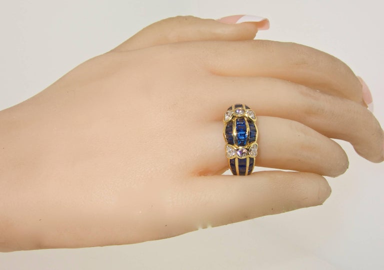 Women's or Men's Van Cleef & Arpels Sapphire and Diamond Ring For Sale