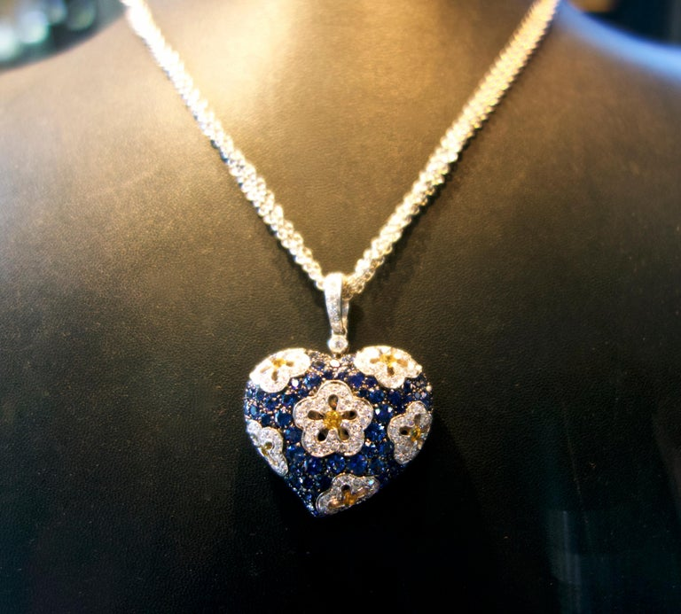 Sapphire and Diamond Large Heart Pendant Necklace For Sale 2