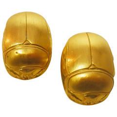 Julius Cohen gold Scarab earrings