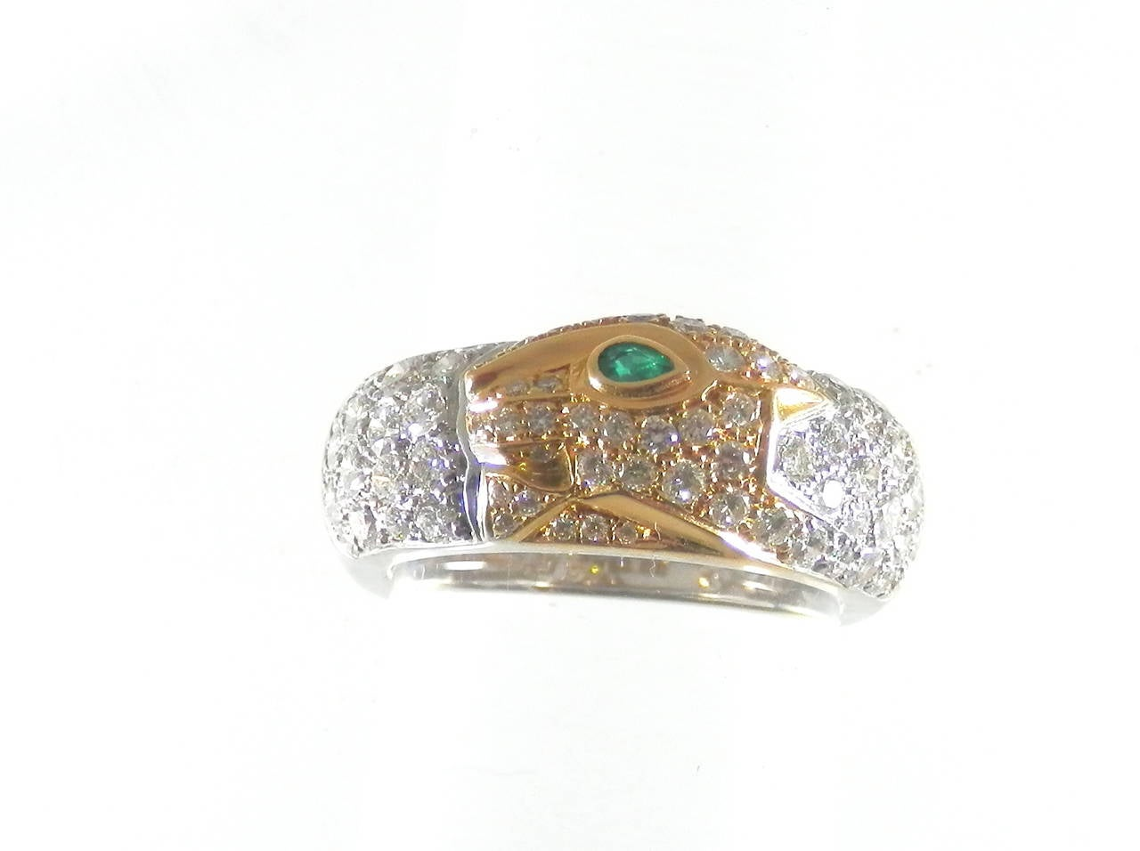 Cartier Emerald Diamond Gold Panther Band Ring In Excellent Condition In Aspen, CO