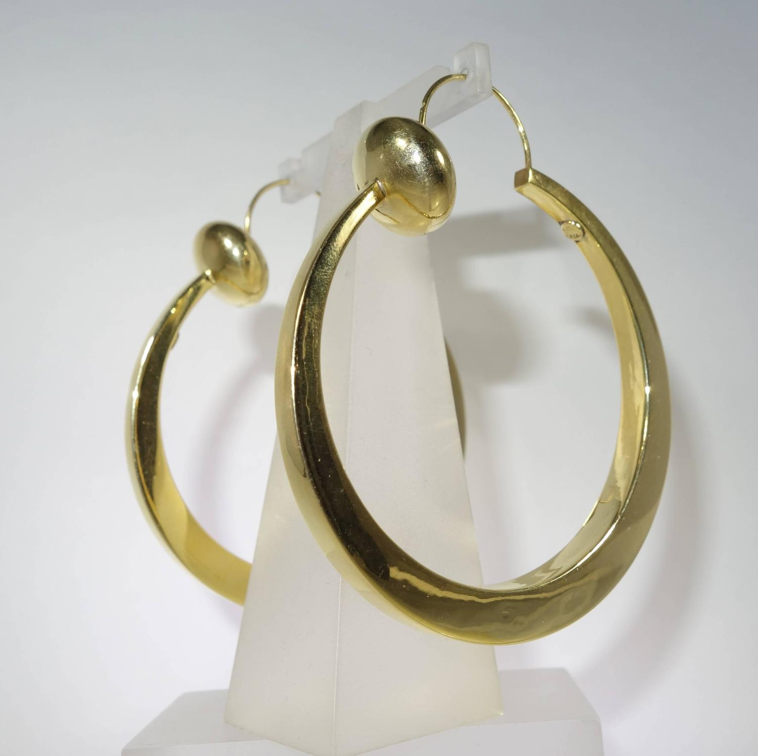 From large hoop earrings to studs and dangle earrings, Jennifer Miller has it all. Shop our exquisite line of earrings today!