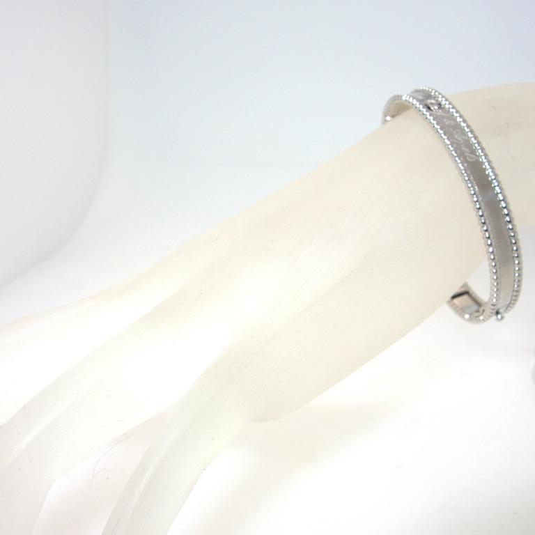 Women's Van Cleef & Arpels Iconic Gold Bangle Bracelet For Sale