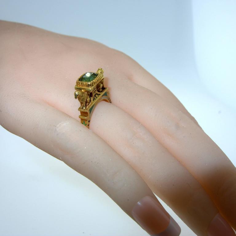 Antique French Renaissance Revival Enamel Gold Ring 4