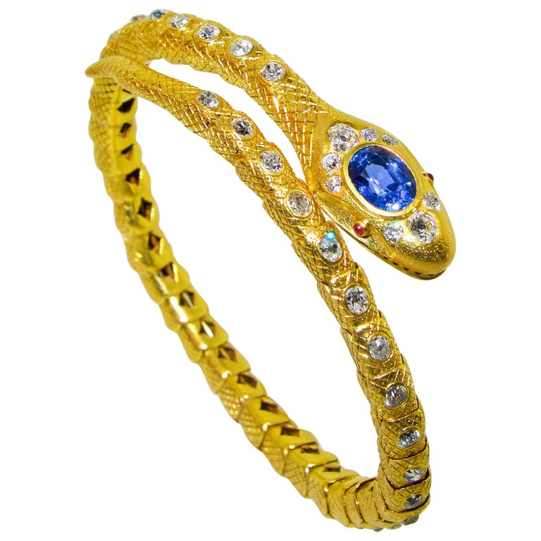 Victorian Diamond and Sapphire Serpent 18 Karat Gold Bracelet, circa 1860 For Sale