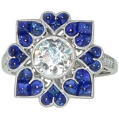 Platinum, Diamond and Sapphire Ring, Pierre/Famille