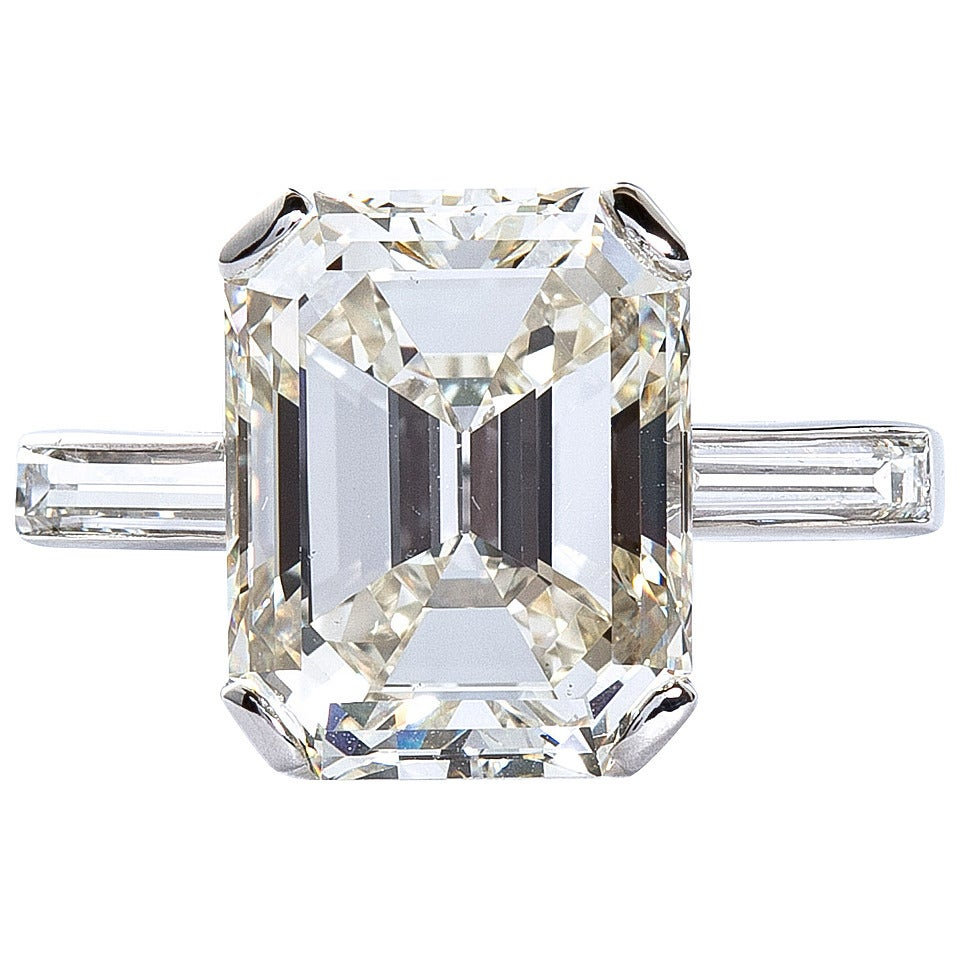 5 11 carat emerald cut platinum engagement ring at