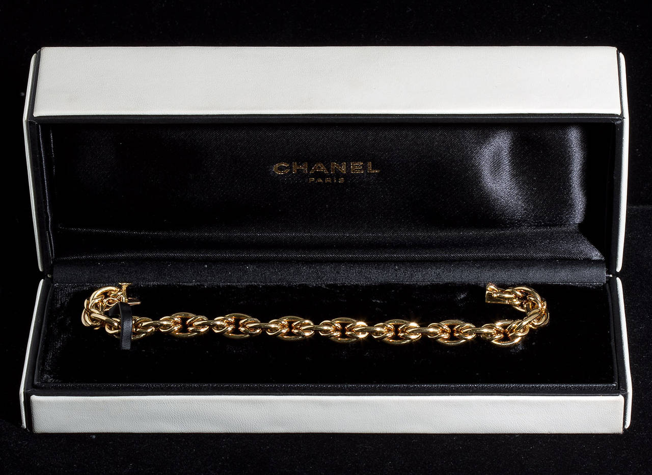 Chanel paris gold chain bracelet at 1stdibs for Chanel locations in paris