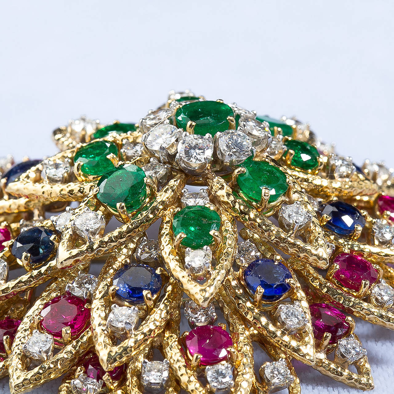 David Webb Multi Gem Ruby Emerald Sapphire Diamond Gold Flower Brooch In Excellent Condition For Sale In New York, NY