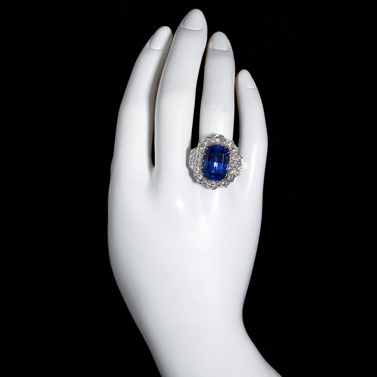 Carat cushion no heat ceylon blue sapphire diamond for 26 carat diamond ring