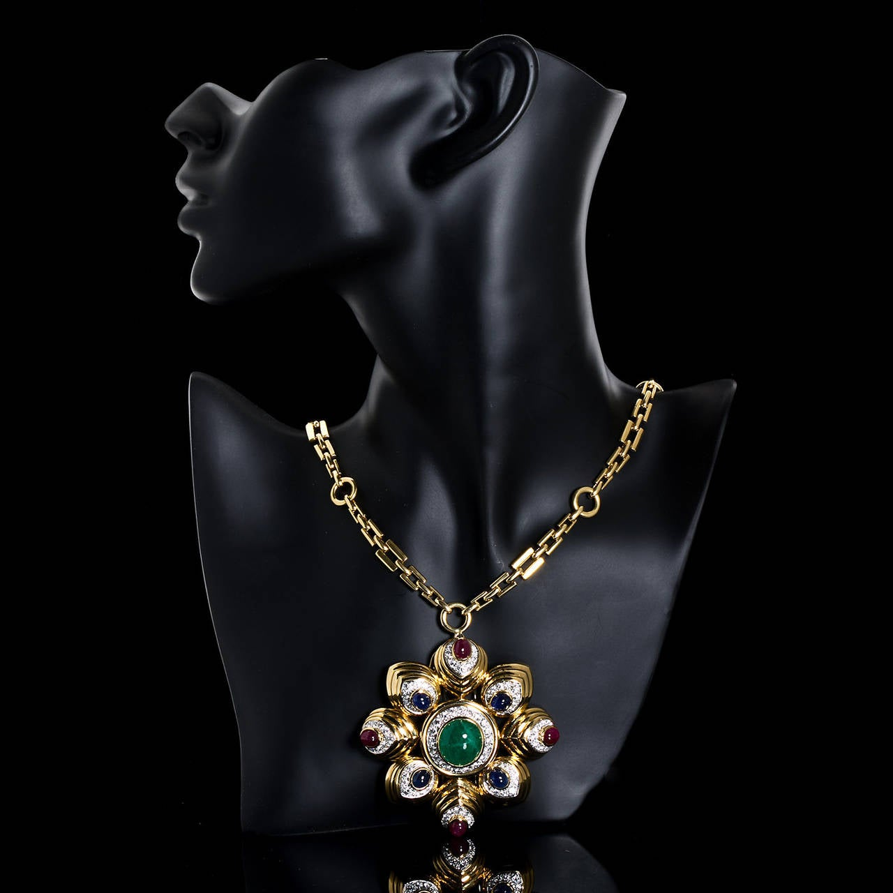 David Webb Large Cabochon Gem Combination Pendant Brooch with Chain Necklace In Excellent Condition For Sale In New York, NY