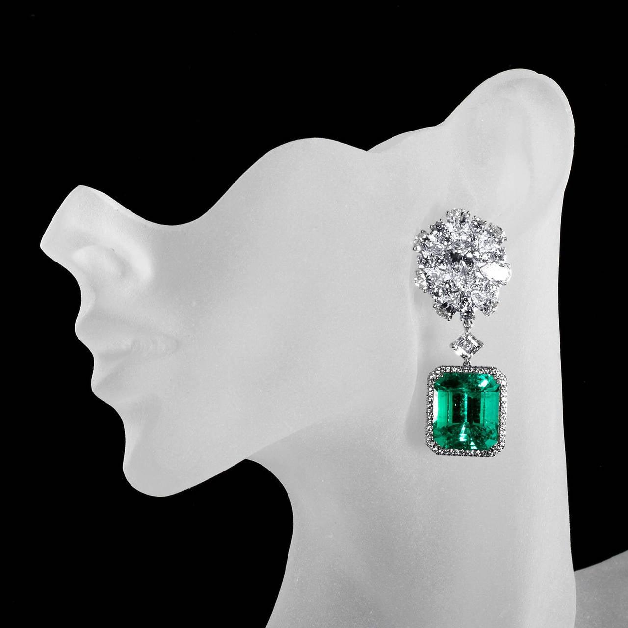 Diamond Cluster Colombian Emerald Drop Earrings For Sale 1