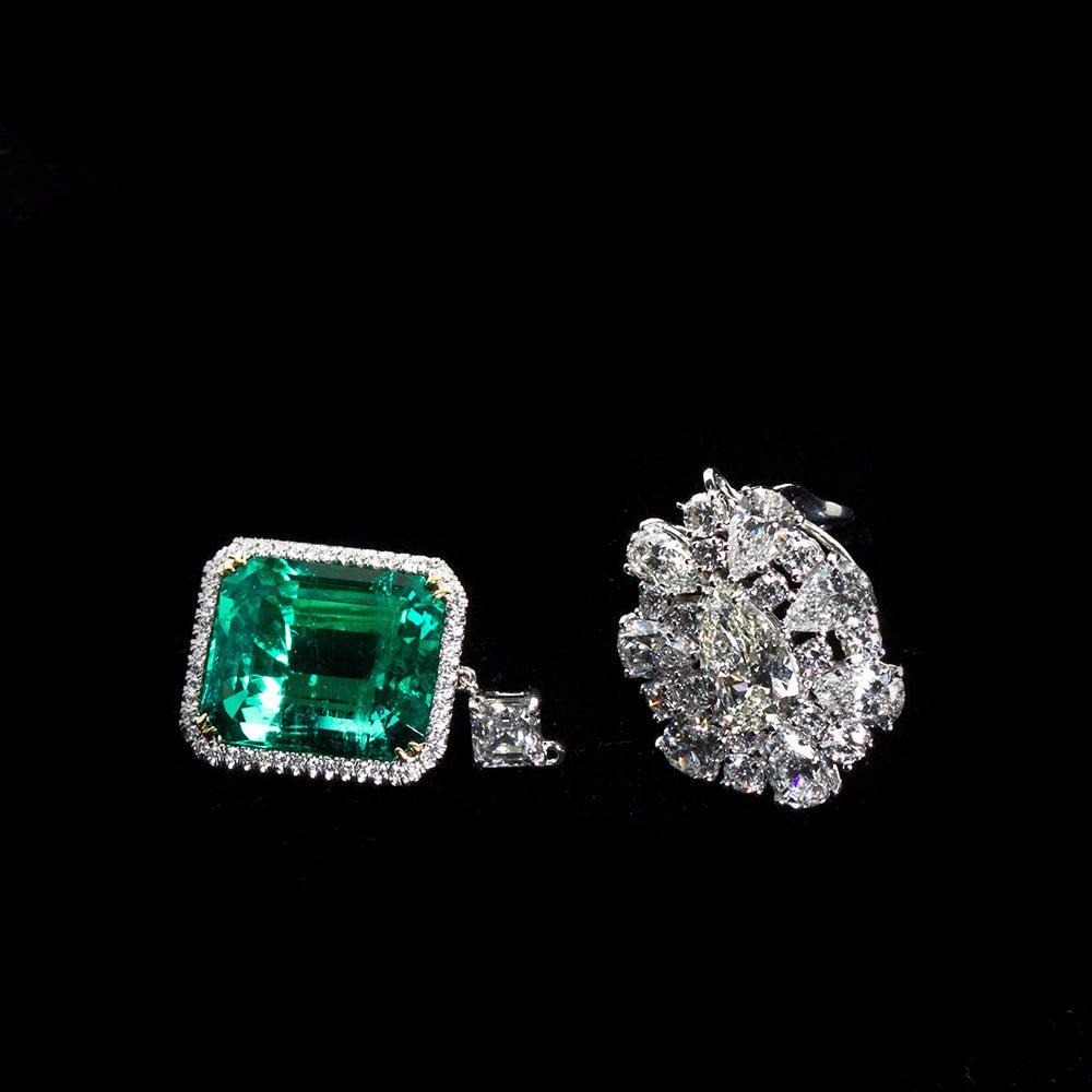 Diamond Cluster Colombian Emerald Drop Earrings For Sale 3