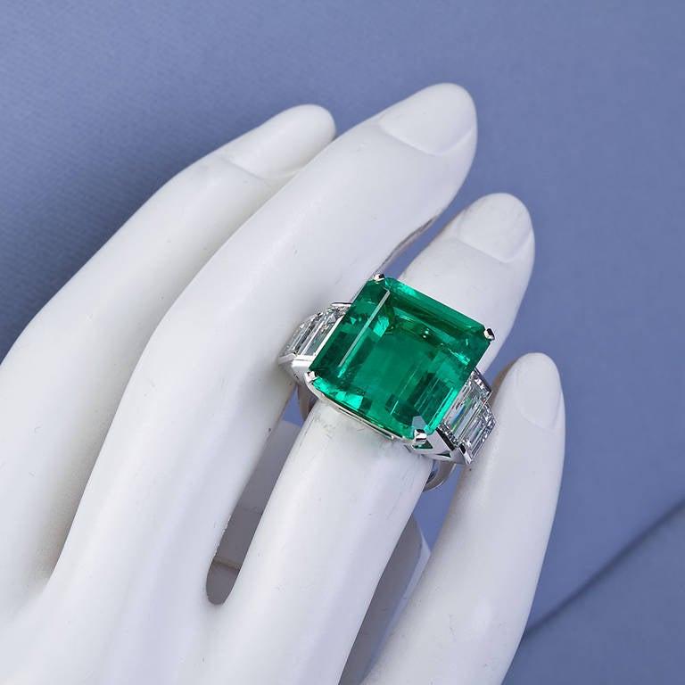 16.68 Carat Emerald Diamond Platinum Ring 7