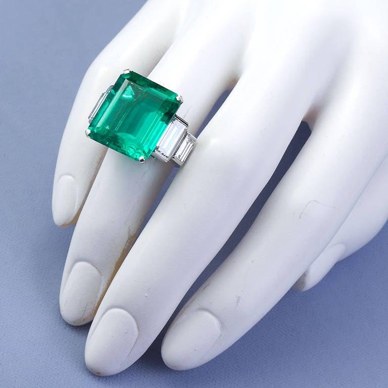 16.68 Carat Emerald Diamond Platinum Ring 9