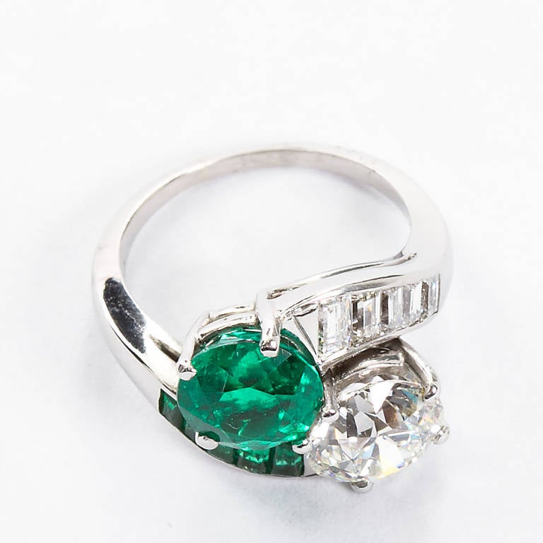 Women's Colombian Emerald Diamond Bypass Ring GIA and AGL Certified For Sale