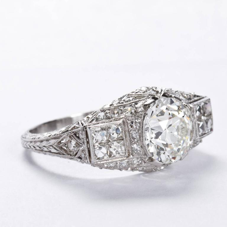 Art Deco 2.25 Carat Old European Cut Diamond Platinum Ring For Sale 2