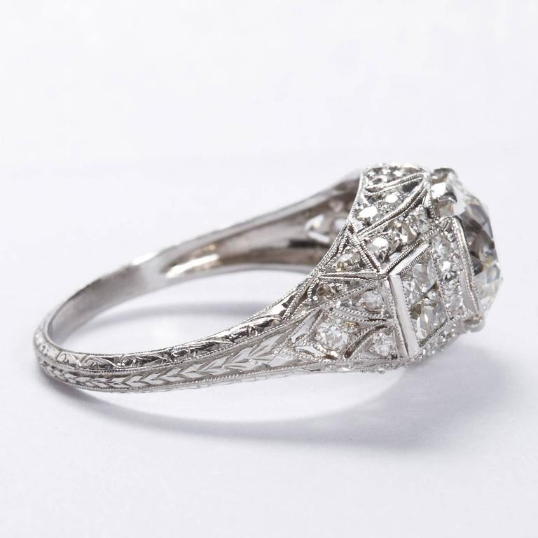 Women's Art Deco 2.25 Carat Old European Cut Diamond Platinum Ring For Sale