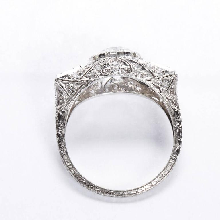 Art Deco 2.25 Carat Old European Cut Diamond Platinum Ring In Excellent Condition For Sale In New York, NY
