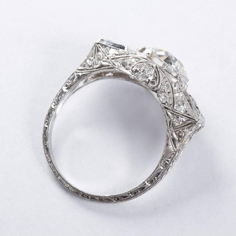 Art Deco 2.25 Carat Old European Cut Diamond Platinum Ring For Sale 1