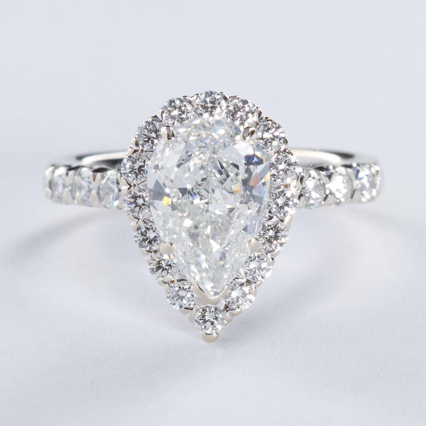 2 00 Carat GIA Cert Pear Shaped Diamond gold Halo Engagement Ring For Sale at